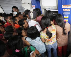 crowd-at-atm-1